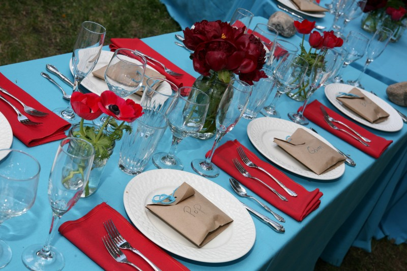 wedding colors : turquoise and red