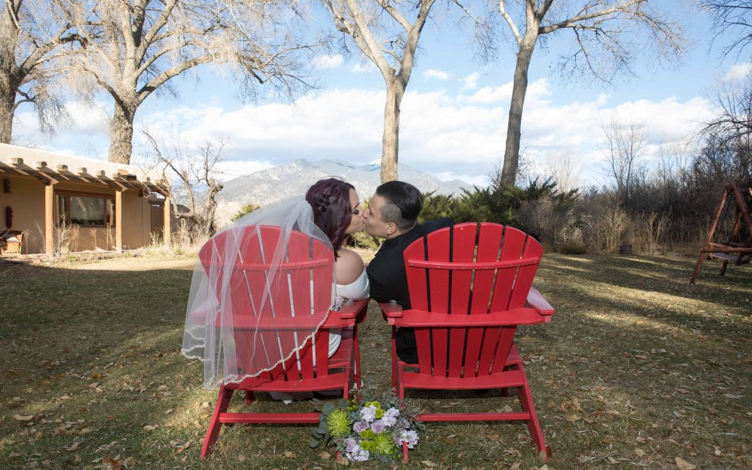 Albuquerque Couple with Family for Tiny Northern New Mexico Wedding