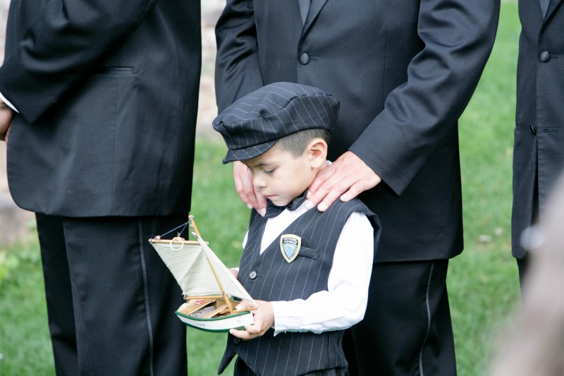 ring bearer with unique pillow