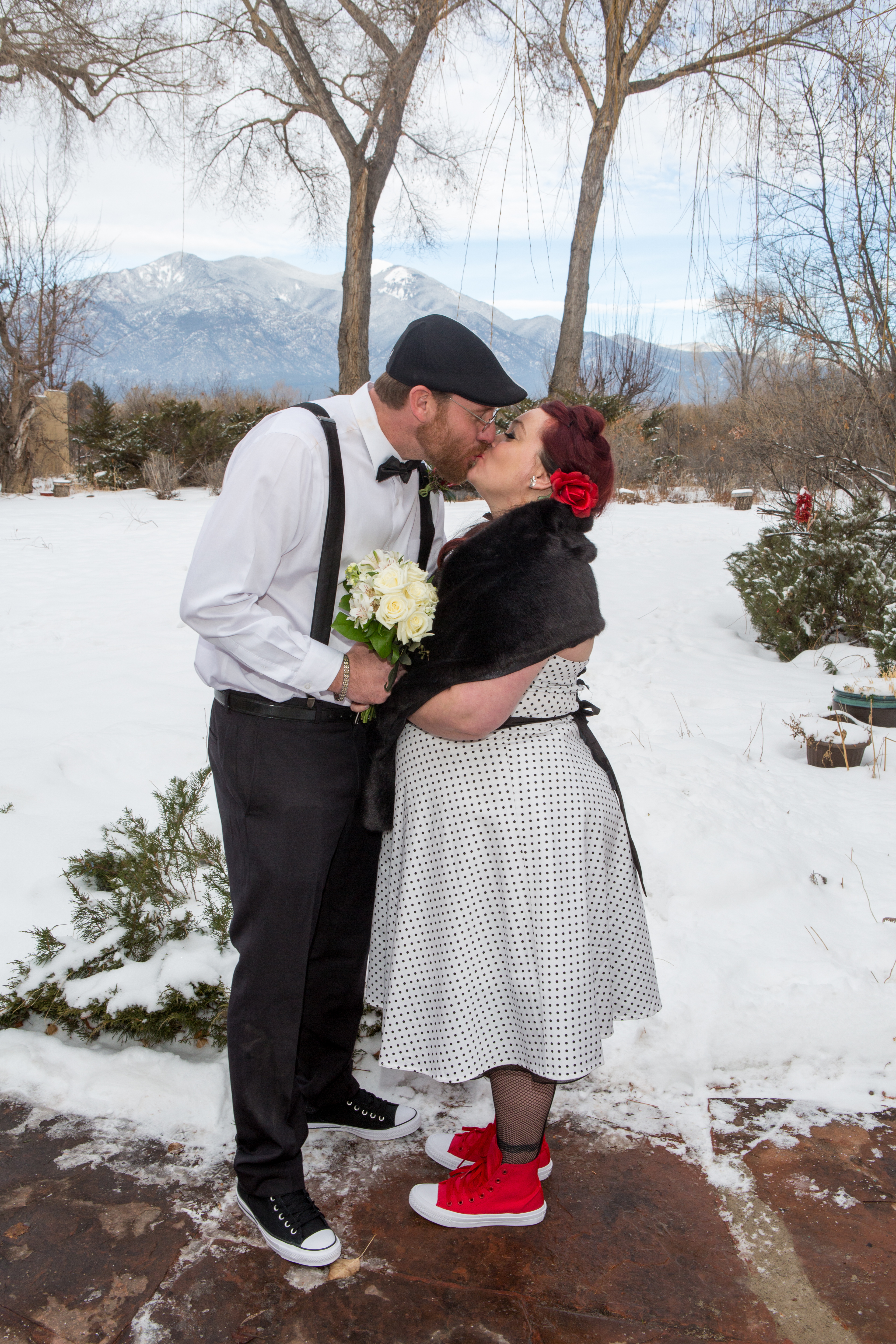 Outdoor January Wedding at 17 Degrees